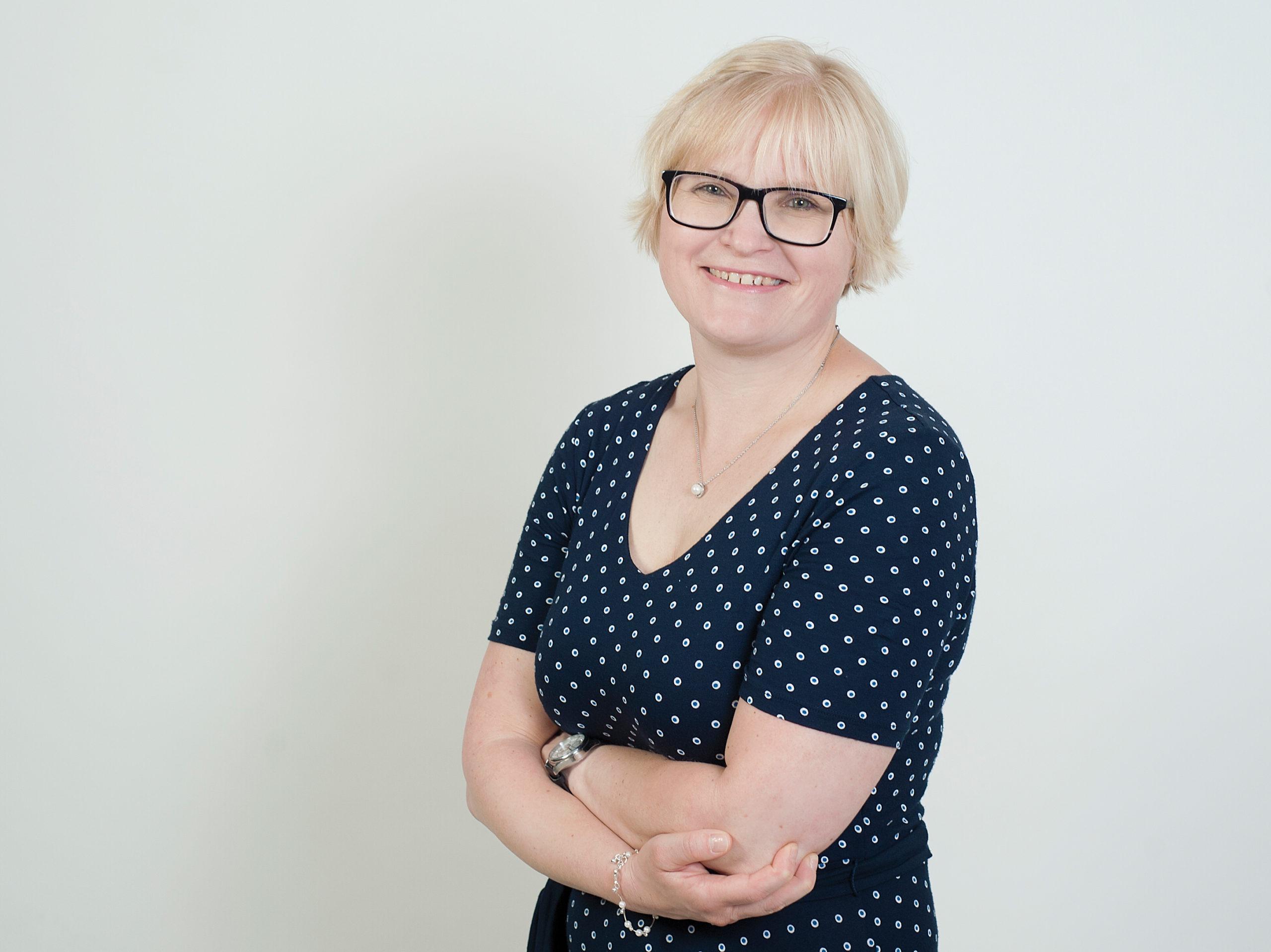 Ulrike Kattirs | Empfang und zentrale Dienste